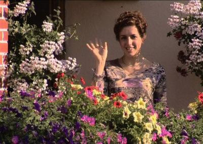mecc81lanie-dans-ses-fleurs